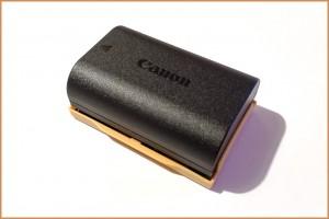 Come utilizzare e conservare la batteria della tua macchina fotografica